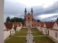 wycieczki po Suwalszczyźnie - Klasztor w Wigrach